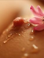 Lidija   Bodyscape Droplets